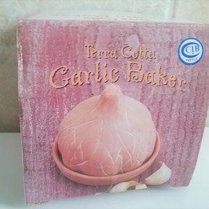 CBI Terra Cotta Garlic Baker
